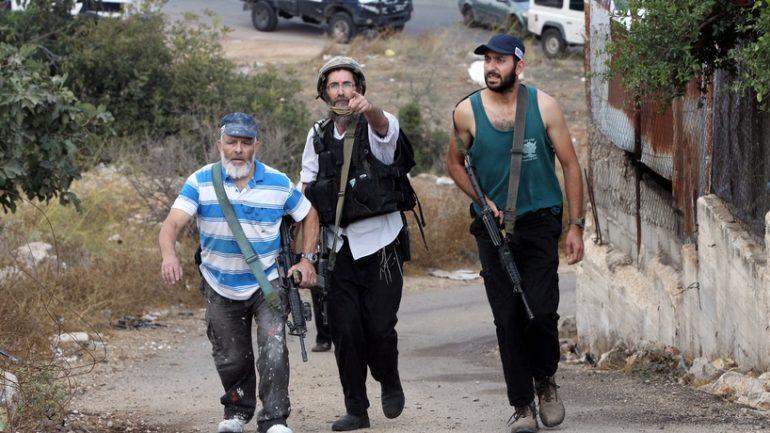 Hebron-settlers2